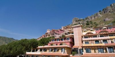 Hotel Baia Taormina 4*